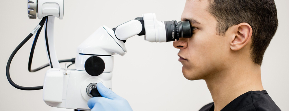 стоматологический операционный микроскоп global с оператором